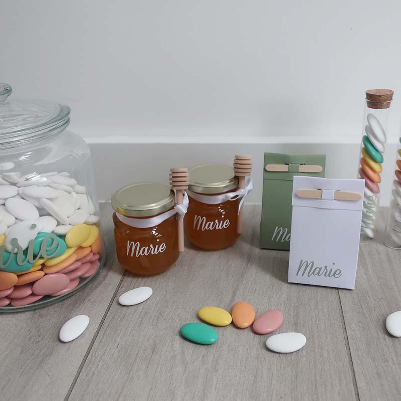 Doopsuiker honing regenboog suikerbonen kleurrijk stokdoosje