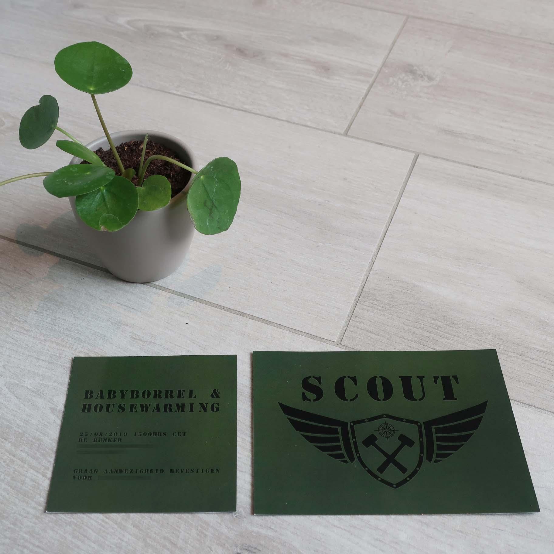 Geboortekaartje groen Army uniek