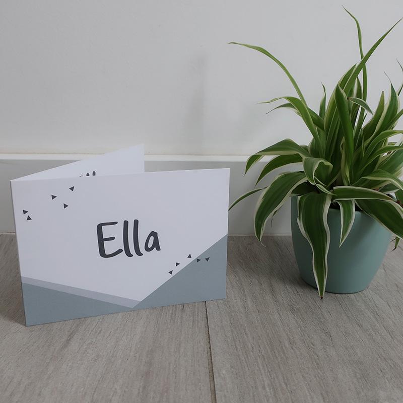 Geboortekaartje Ella mintgroen driehoekjes geometrisch